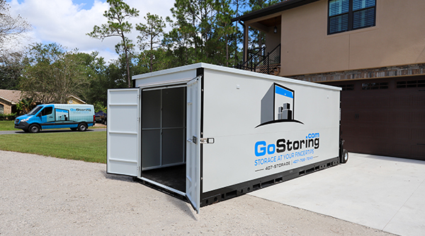 portable storage containers moving